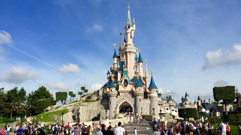 Najlepsze miejsca, aby połączyć się w Disneylandzie