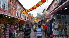 """""""Nie wolno zabierać kamizelek z samolotu"""". Singapurska Organizacja Turystyczna udziela rad chińskim turystom"""