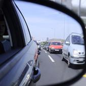 NOVI PROPISI Probne vozačke dozvole važiće najmanje dve godine, za mlade vozače brojna OGRANIČENJA
