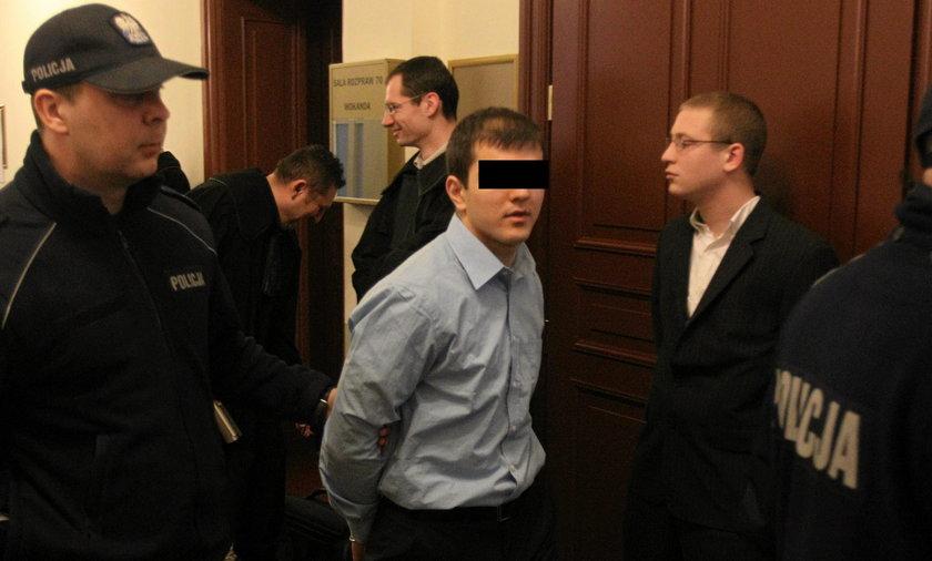 Piotr M. przed sądem w Szczecinie. Za zamordowanie brata grozi mu nawet dożywocie