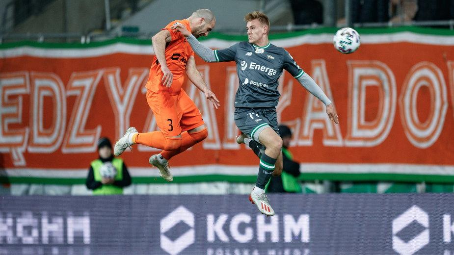 Rafał Kobryń w karierze rozegrał 7 meczów w ekstraklasie i 17 w I lidze. Na zapleczu występował wypożyczony do Chojniczance.