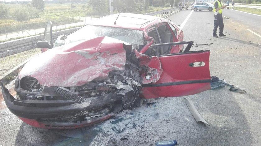 Śmiertelny wypadek pod Gorzowem. Jedna osoba nie żyje, sześć rannych