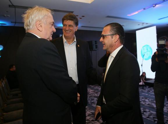 Predrag Mijatović u društvu Božidara Maljkovića predsednika Olimpijskog komiteta Srbije i Žarka Zečevića potpredsednika OKS-a