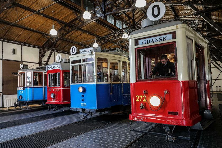 Zabytkowe tramwaje wyjechały na ulice miasta