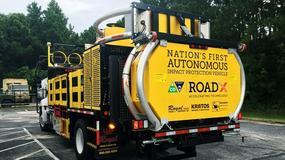 Autonomiczna ciężarówka zaprojektowana do kolizji