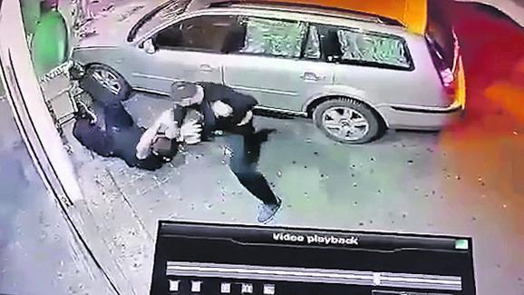 Nakon batinanja muškarac je uspeo da pobegne u pekaru