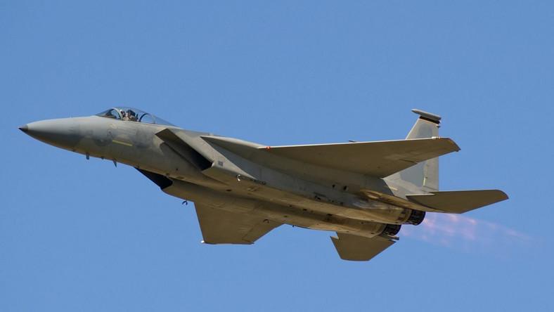 Liga Północna naciska na rząd Silvio Berlusconiego, by zaprzestać bombardowania Libii
