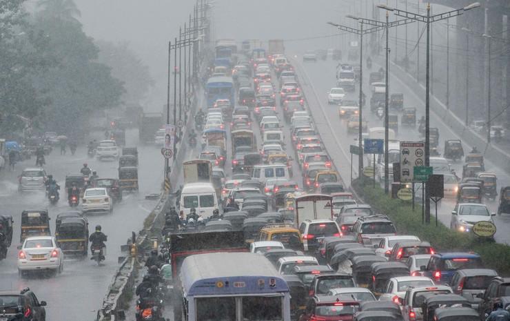 Mumbaj, guzva