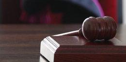 Sąd zakazał dzieciom grania w piłkę na boisku!