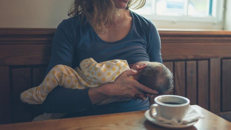Czas zwalczyć negatywne skojarzenia z mlekiem kobiecym!