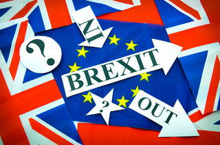 Brexit chwieje gabinetem Theresy May
