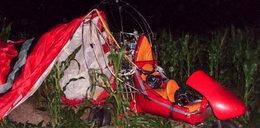 Motoparalotnia runęła na pole. Pasażer trafił do szpitala w ciężkim stanie