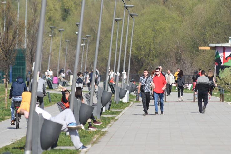 Novi Sad 2195 lepo vreme u gradu vandredno stanje  foto Nenad Mihajlovic