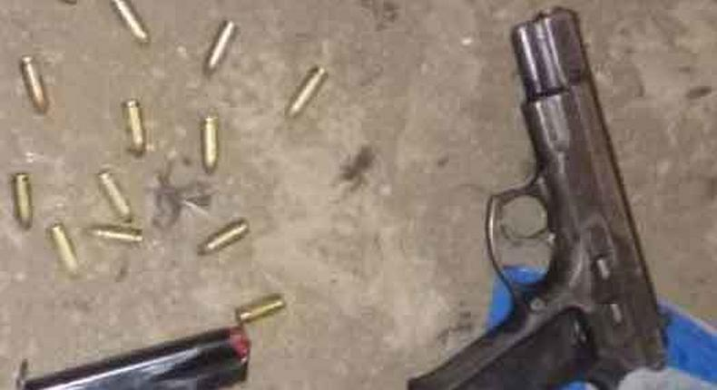 3 shot dead in botched robbery