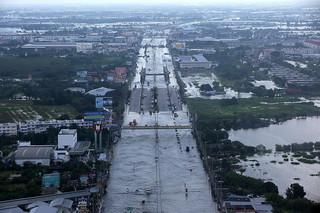 W Korei Północnej w powodziach zginęło co najmniej 76 osób
