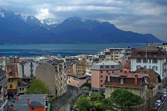 Montre, Ženevsko jezero, Švajcarska
