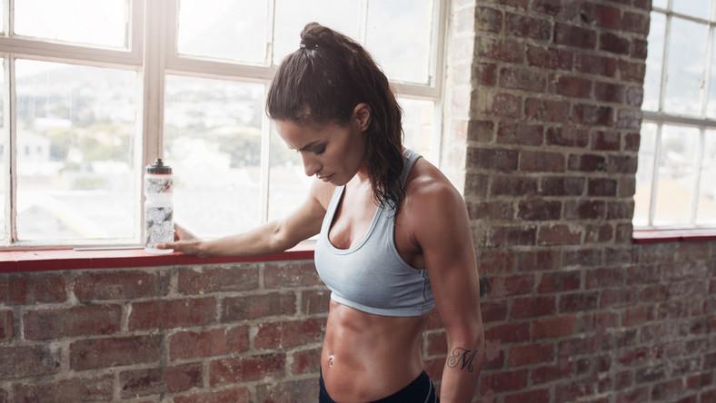 Zbyt intensywne ćwiczenia wcale nie pomagają w odchudzaniu.
