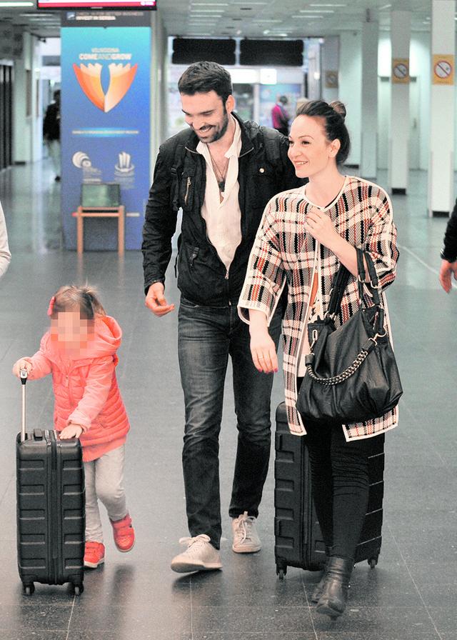 Jelena i Ivan sa ćerkom