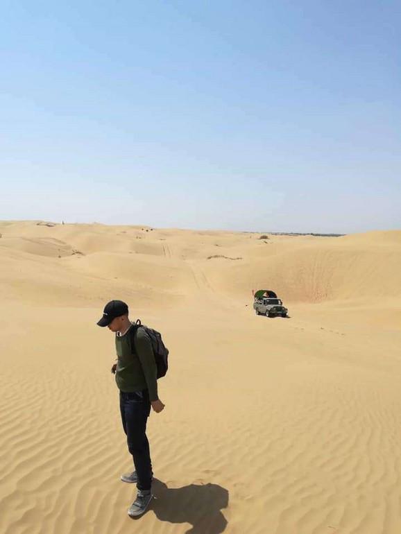 Uroš u pustinji daleke Azije