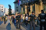 Gej skup u Gradskoj kuci napustaJU AKTIVISTI k KAMENOV_preview