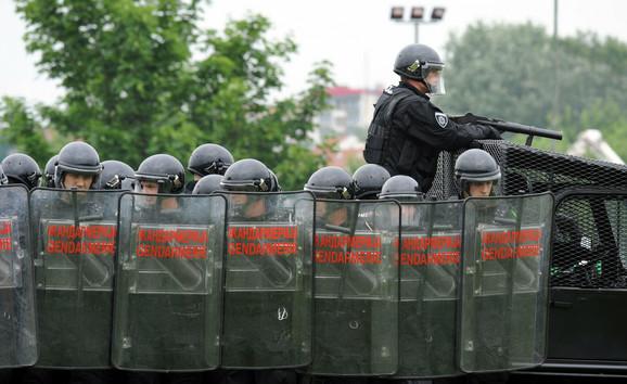 Žandarmerija: Potpisuju peticiju pod pretnjom otkaza