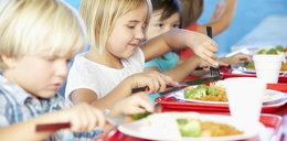 Darmowe posiłki zamiast lekcji religii. Tego chce partia Razem
