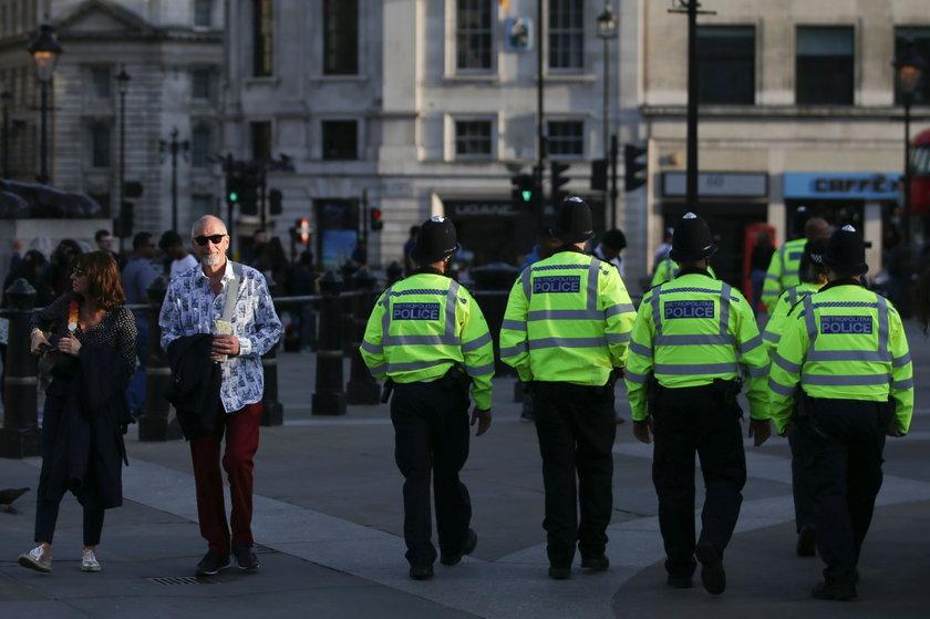 Tysiące żołnierzy i policjantów na ulicach. Wielka Brytania szykuje się na zamachy