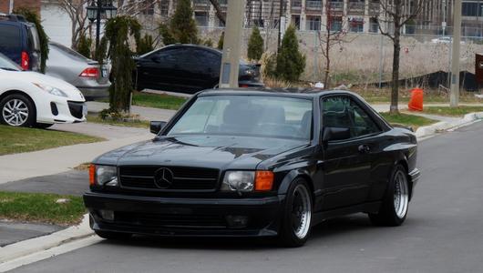 Mercedes 560 SEC 6.0 AMG - chuligan z lat 80-tych