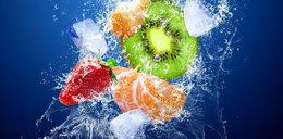 Znudziło ci się picie wody? Dzięki tym składnikom możesz urozmaicić jej smak!