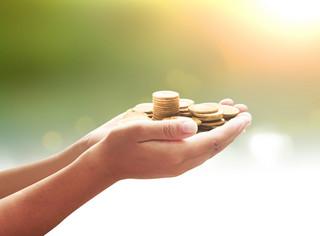 Darowizny, których wartość zmniejszy dochód do opodatkowania w PIT i CIT