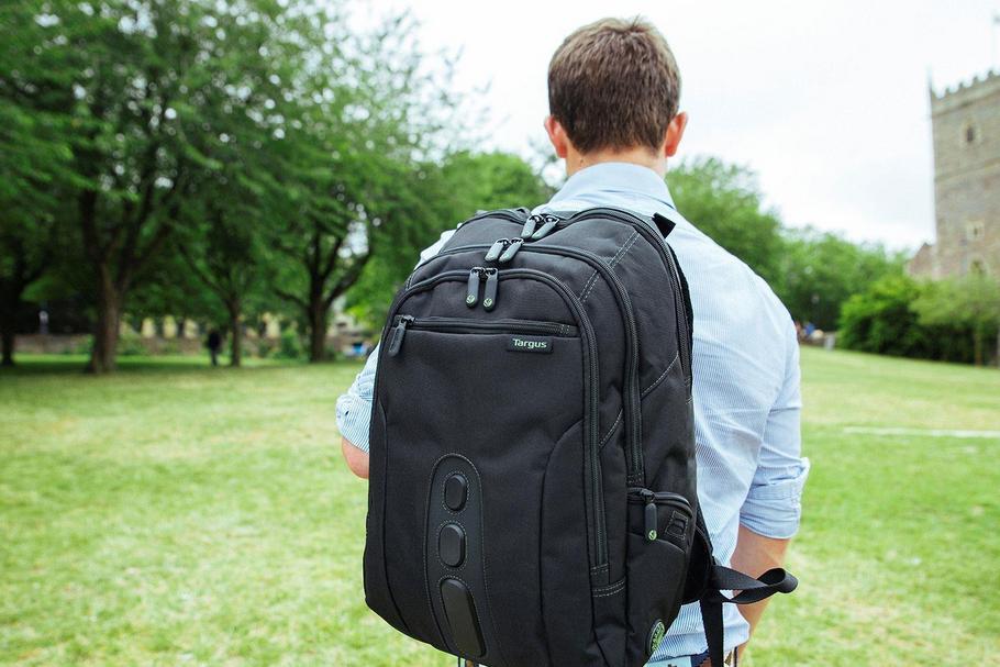 5a791af506ac7 Jak dobrze wybrać plecak do przewożenia laptopa  Podpowiadamy ...
