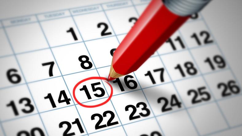 Niektóre pary traktują kalendarzyk jako metodę planowania lub uniknięcia ciąży. Ale tak naprawdę powinna to być jedna z zastosowanych metod. Kalendarzyk dni płodnych nie daje bowiem 100 procent pewności, co w przypadku osób, które nie chcą jeszcze zostać rodzicami, obarczone jest ogromnym ryzykiem niepowodzenia