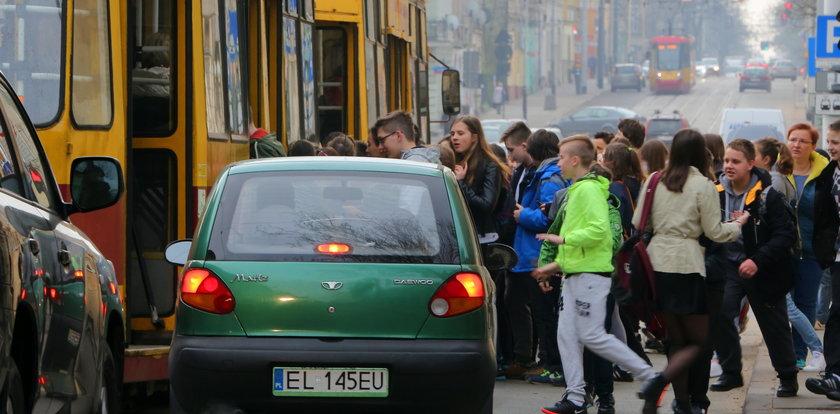 Komunikacja w Łodzi: Oddajcie nam autobusy