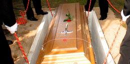 Przyszedł na... własny pogrzeb. Goście uciekli