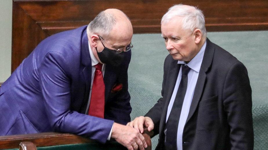 Szef dyplomacji Zbigniew Rau i prezes PiS Jarosław Kaczyński