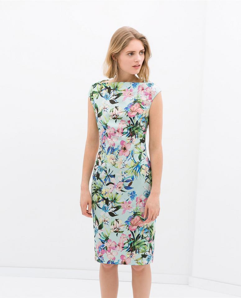 Sukienki dla dwudziestolatek - do pracy