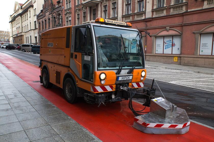 Katowice.Zakup nowych urządzeń do czyszczenia ulic w Katowicach