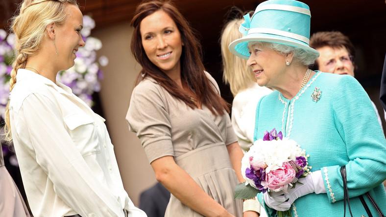 Królowa przyszła na korty Wimbledonu