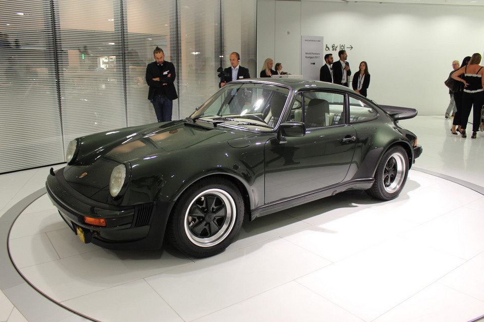 Porsche 911 Turbo 3.0 coupe - 1976 rok