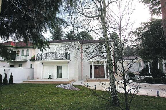 Šaulići sada poseduju tri kuće, ova najnovija ima 600 kvadrata