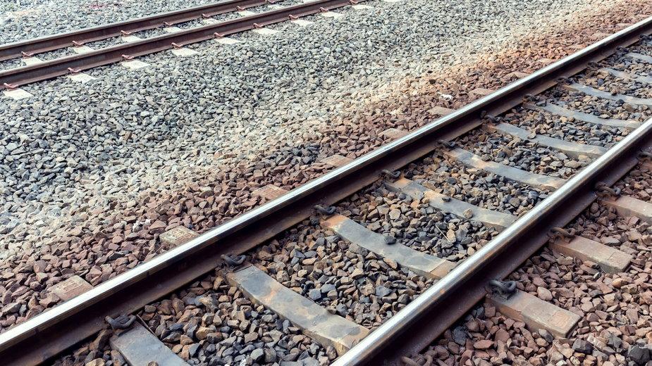 Poronin: Pociąg zderzył się z samochodem osobowym