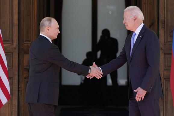 Putin informisao Merkelovu o rezultatima Samita u Ženevi