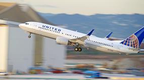 Linie United Airlines zabraniają wchodzenia na pokład w legginsach?