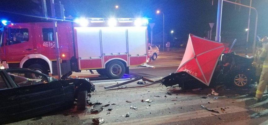 Tragiczny wypadek w Rzgowie. Nie żyją trzy bardzo młode osoby