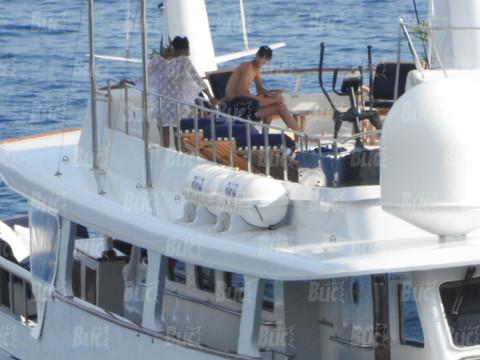 EKSKLUZIVNO: Naša ekipa uhvatila Naomi u Crnoj Gori, a evo koliko košta jahta kojom krstari Jadranom!