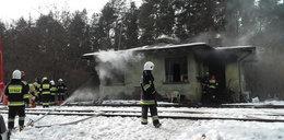 Tragiczny pożar domu przy torach. Zginęła emerytka