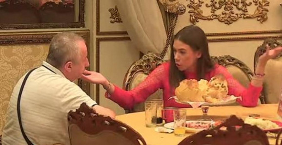Milijana Božić  se raspravlja sa Žapcem