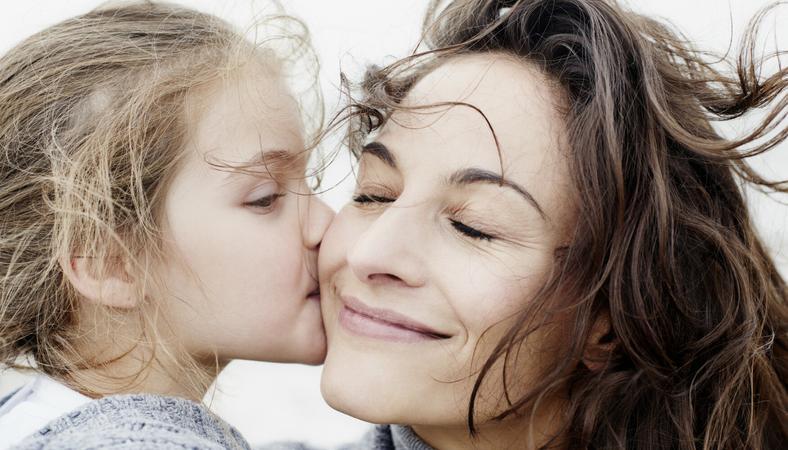 anya tanítja a tini, hogyan kell szexelni fekete leszbikus hajvágás
