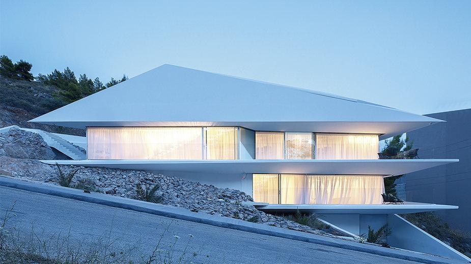 Jednorodzinny dom jak diament. Ma 250 m kw. powierzchni