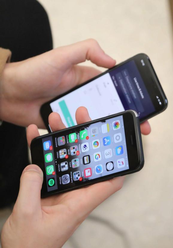 Priznanje kompanije Epl da namerno usporava rad svojih telefona nije naišlo na odobravanje